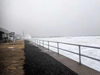 winter surf_20190224_Long Beach Gloucester Rockport Mass © catherine ryan (10)