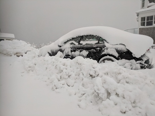 car measure_snow storm March 4 2019 about a foot of snow Gloucester massachusetts _20190304_© catherine ryan (15)