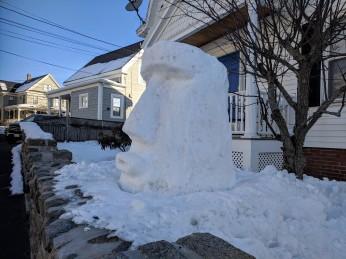 Gloucester Island_ snowman yard sculpture_20190307_Gloucester MA_© catherine ryan