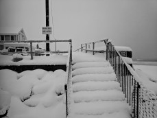 Long Beach stairs to seawall walkway _snow storm March 4 2019 about a foot of snow Gloucester massachusetts _20190304_© catherine ryan (3)