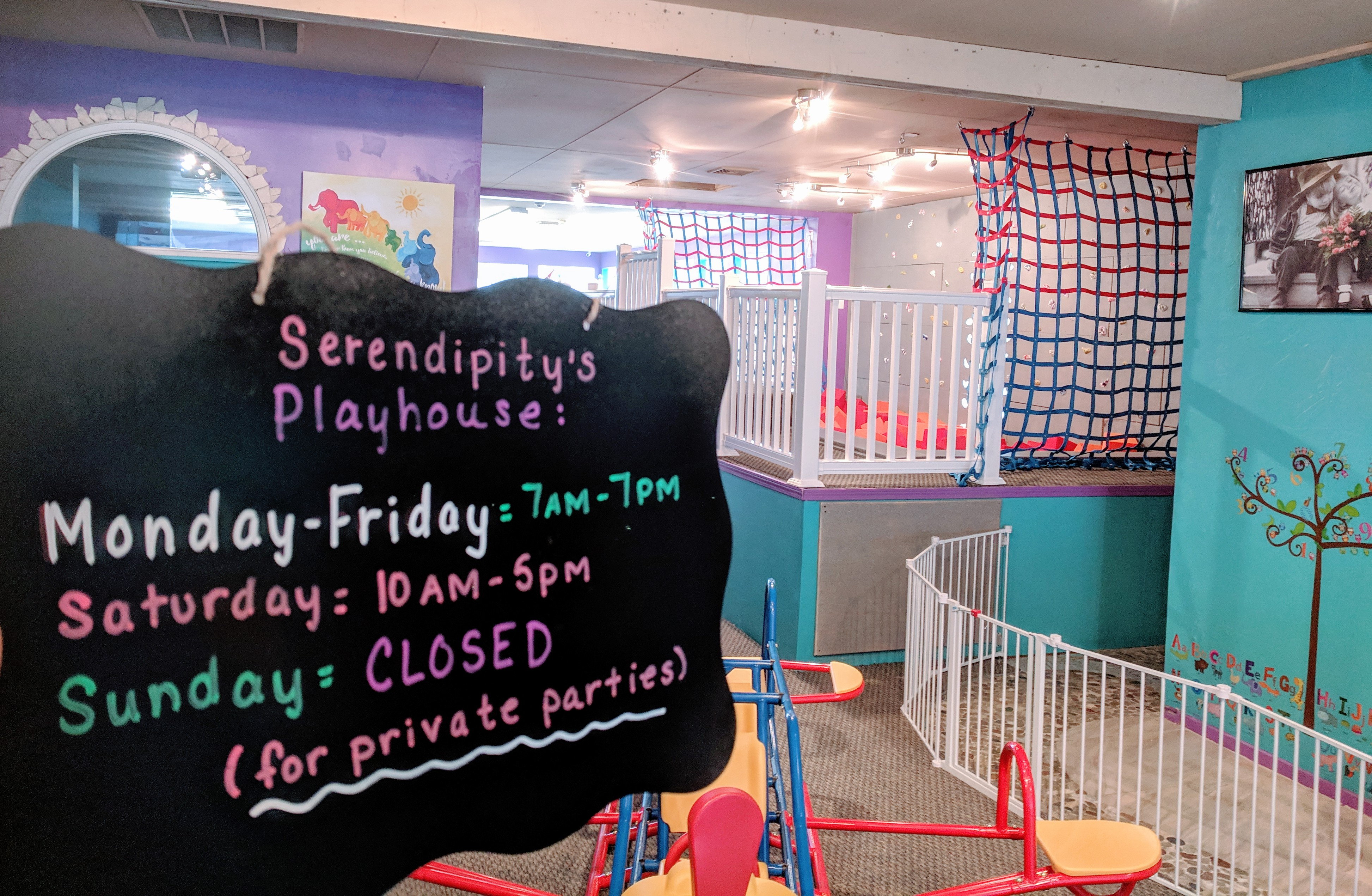 Serendipity's Playhouse_Gloucester Massachusetts_20190325_grand opening March © catherine ryan (15)