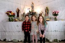 St. Joseph Pasa Making w Kids Groppos copyright Kim Smith - 01
