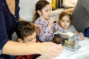 St. Joseph Pasa Making w Kids Groppos copyright Kim Smith - 07