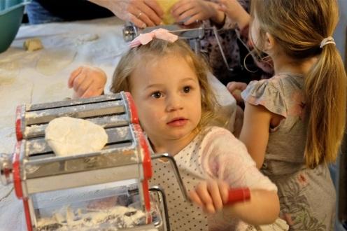 St. Joseph Pasa Making w Kids Groppos copyright Kim Smith - 13