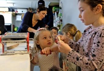 St. Joseph Pasa Making w Kids Groppos copyright Kim Smith - 19