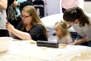 St. Joseph Pasa Making w Kids Groppos copyright Kim Smith - 21