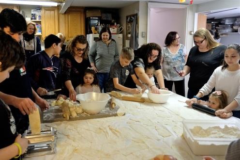 St. Joseph Pasa Making w Kids Groppos copyright Kim Smith - 22