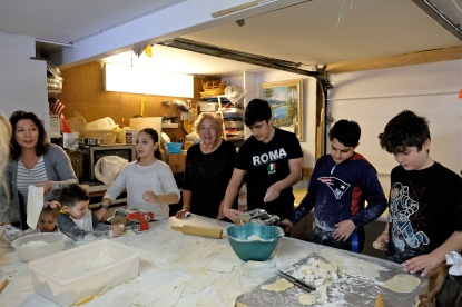 St. Joseph Pasa Making w Kids Groppos copyright Kim Smith - 37
