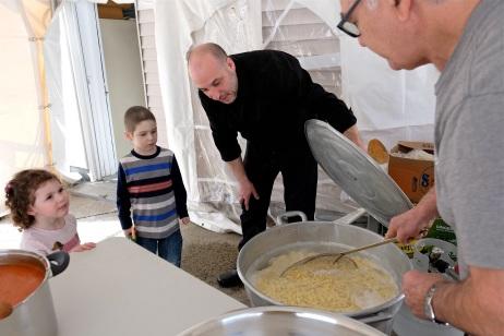 St. Joseph Pasa Making w Kids Groppos copyright Kim Smith - 74