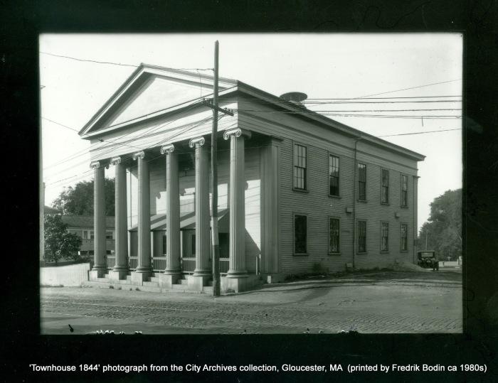 Townhouse 1844-18710000.jpg