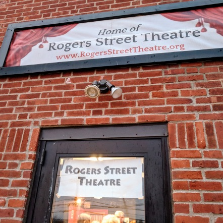 Before the show_Rogers Street Theater_ Evening Dorothy Parker_20190413_© catherine ryan (6)