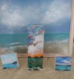 naomi small canvas