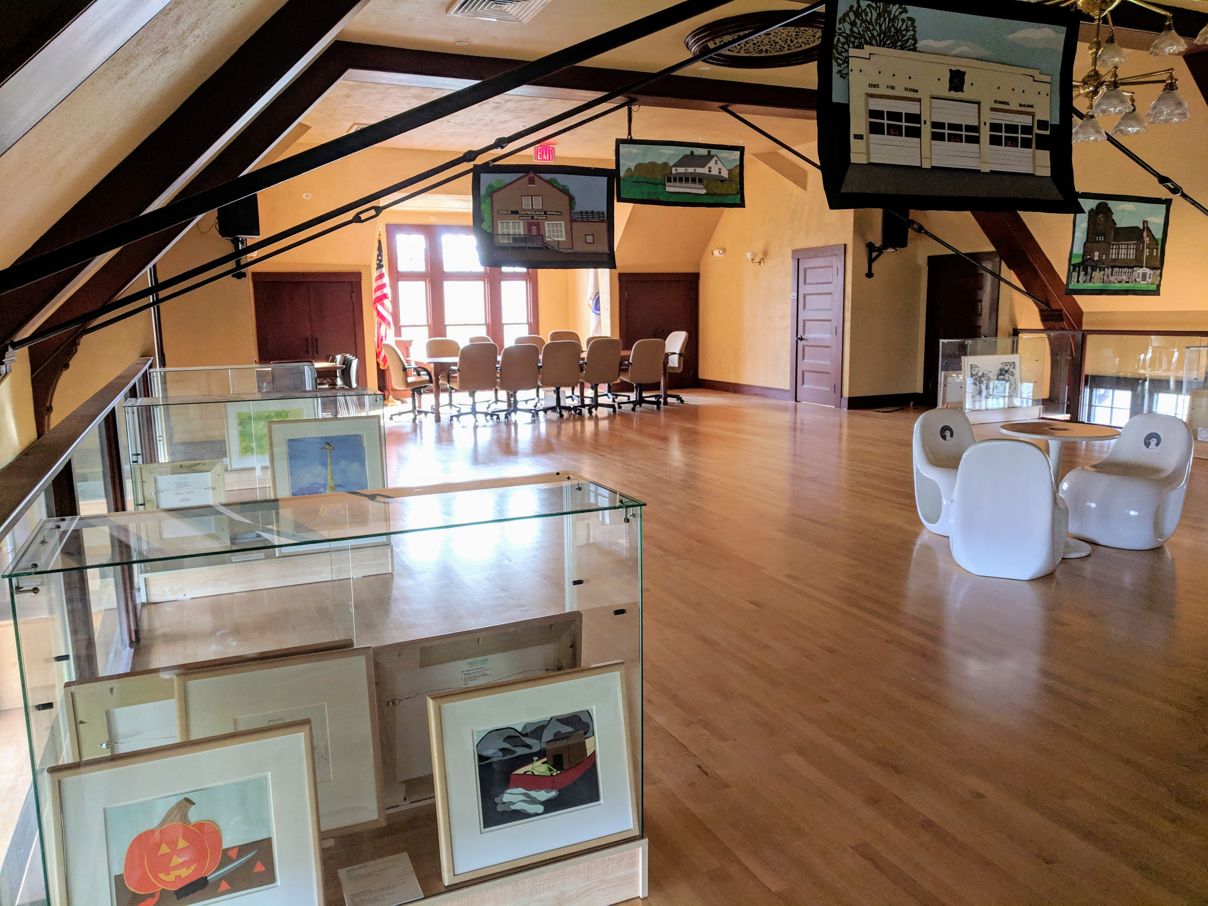 Installation View Once upon a Contest Cape Ann Reads at TOHP Burnham Essex_20190430_© c ryan.jpg