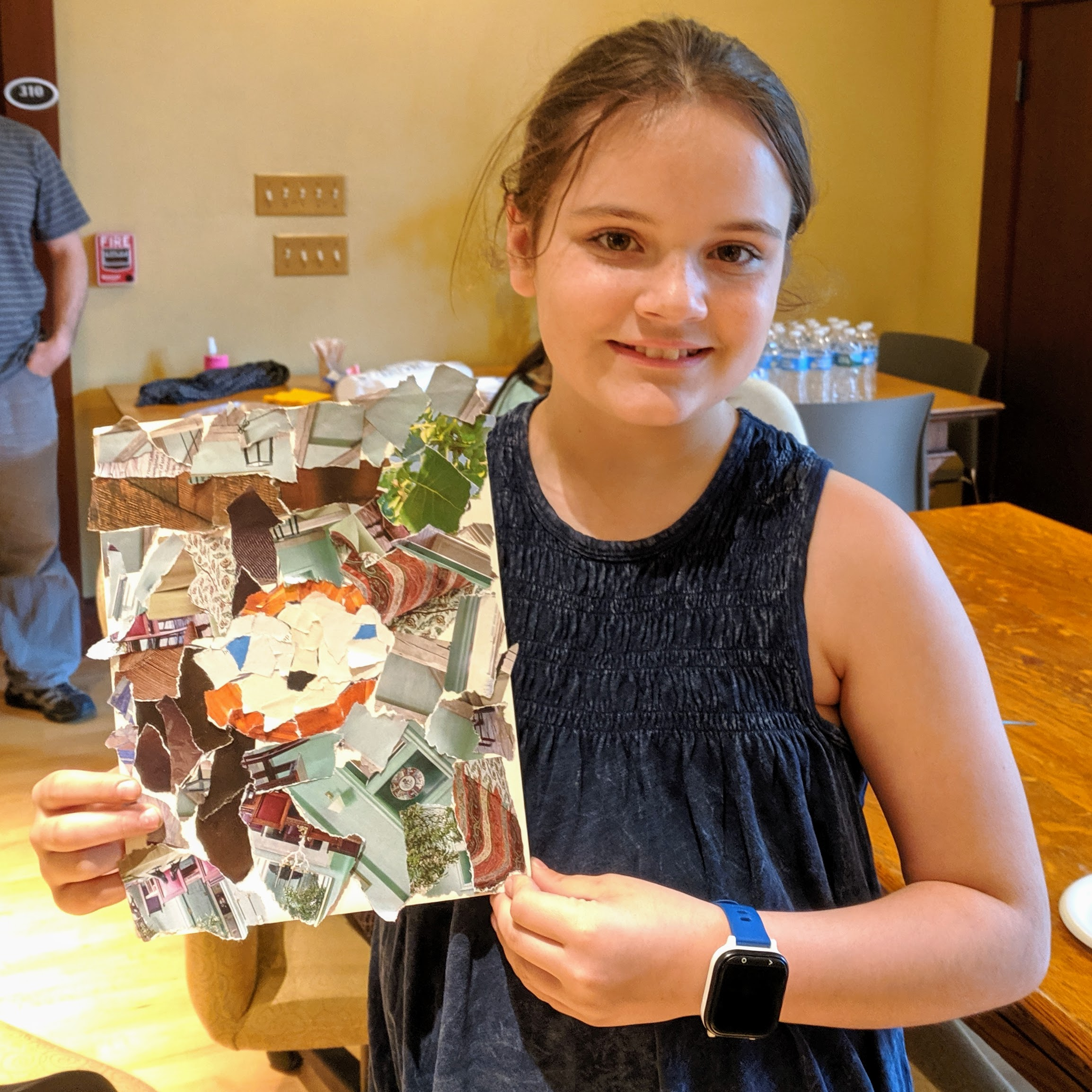 returned with her completed work to show Juni_20190517_164303.jpg