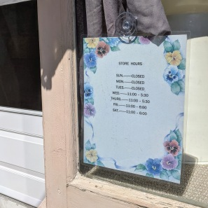 tesoro vintage finds store hours may 2019