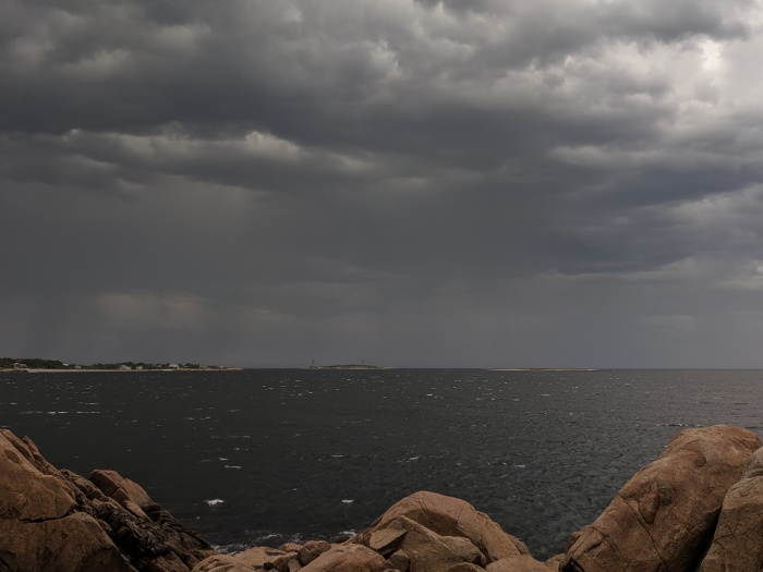 looking to Thacher storm clouds fast approaching 0190622_from Gloucester MA ©c ryan.jpg