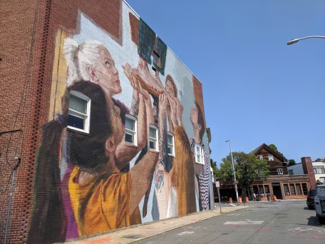 artist HELEN BUR wall art street art mural Beverly Mass_Cabot theater wall_July 2019_©c ryan (2)