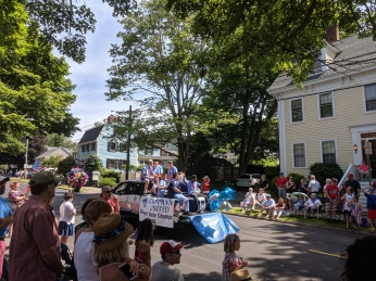 Cape Ann United team float 2 of 2_Manchester by the sea 4th of July parade 2019_©c ryan (10)