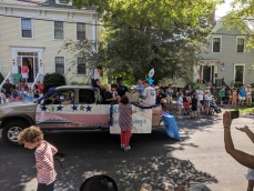 hot dogs for the floats_Cape Ann United_Manchester by the sea 4th of July parade 2019_©c ryan