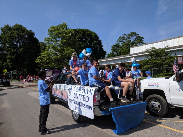 readying team float_Manchester by the sea 4th of July parade 2019_©c ryan (2)