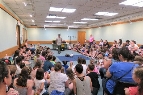 Scenes from Curious Creatures summer program Childrens Services Sawyer Free Public Library July 27 2019 ©Linda Bosselman (1)