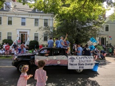 team floats_Manchester by the sea 4th of July parade 2019_©c ryan