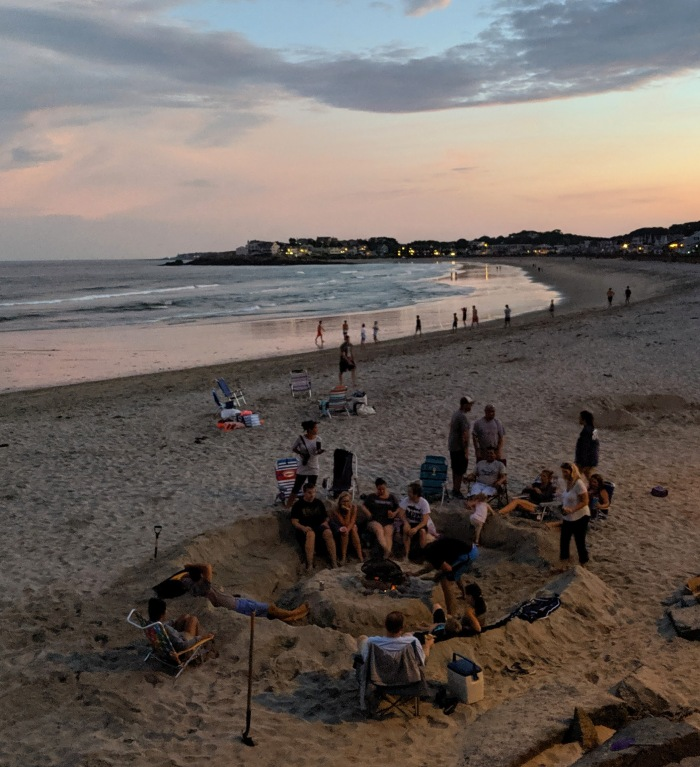 Long Beach August 2019 conversation and fire pit sand sculpture_20190819_©c ryan.jpg
