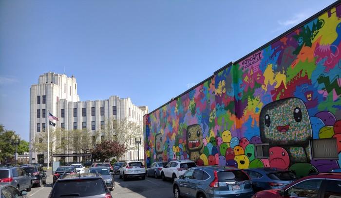 Lynn murals_AT&T building_20180515_©c ryan.jpg