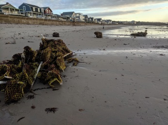 after the storm lobster traps deposited Long Beach like ship wreck_20191013_© c ryan (4)