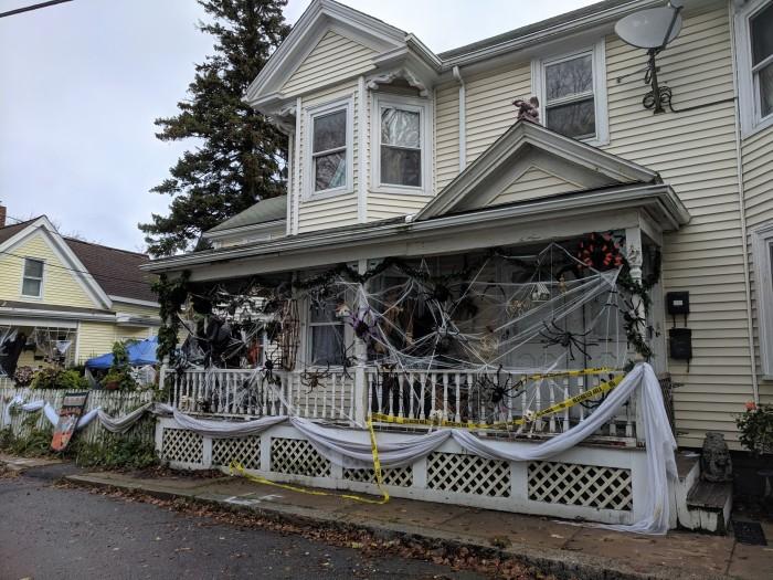 Gloucester MA house festooned with spiders Halloween spirit_20191028_©c ryan