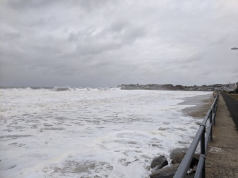 October storm day 2_20191011_Long Beach looking back to Gloucester MA_seawall ok little splashover_sand dragged out though©c ryan