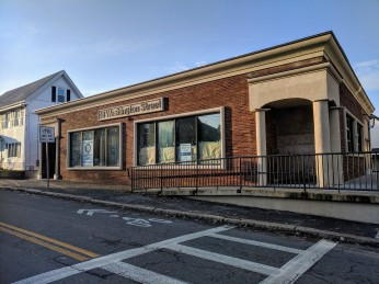 Fisherman's Outfitter store relocating here and opening January 2020 Gloucester Massachusetts store_20191125 ©c ryan