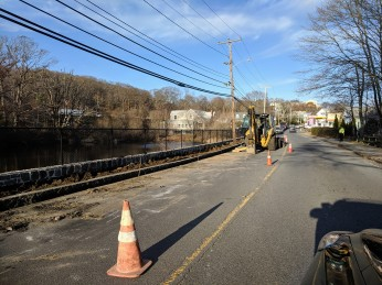 Gloucester DPW project later phase at Days Pond included a finsihed sidewalk_20191126_Gloucester Ma ©c ryan (1)