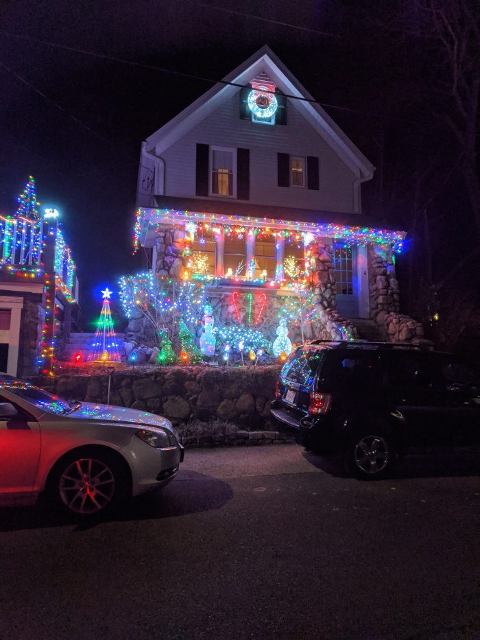 Holiday Christmas lights 2019_ decorated homes_Gloucester MA_Dec 21 and Dec 22 _photograph © c ryan (11).jpg