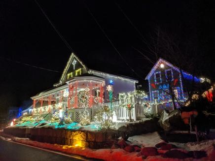 Holiday lights Christmas 2019 Gloucester Mass_20191205_©c ryan (8)