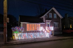 Holiday lights decorated homes_ Christmas 2019 Gloucester Mass_20191210_©c ryan (4)