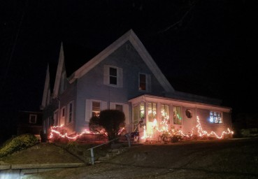 Holiday lights decorated homes_ Christmas 2019 Gloucester Mass_20191210_©c ryan (8)