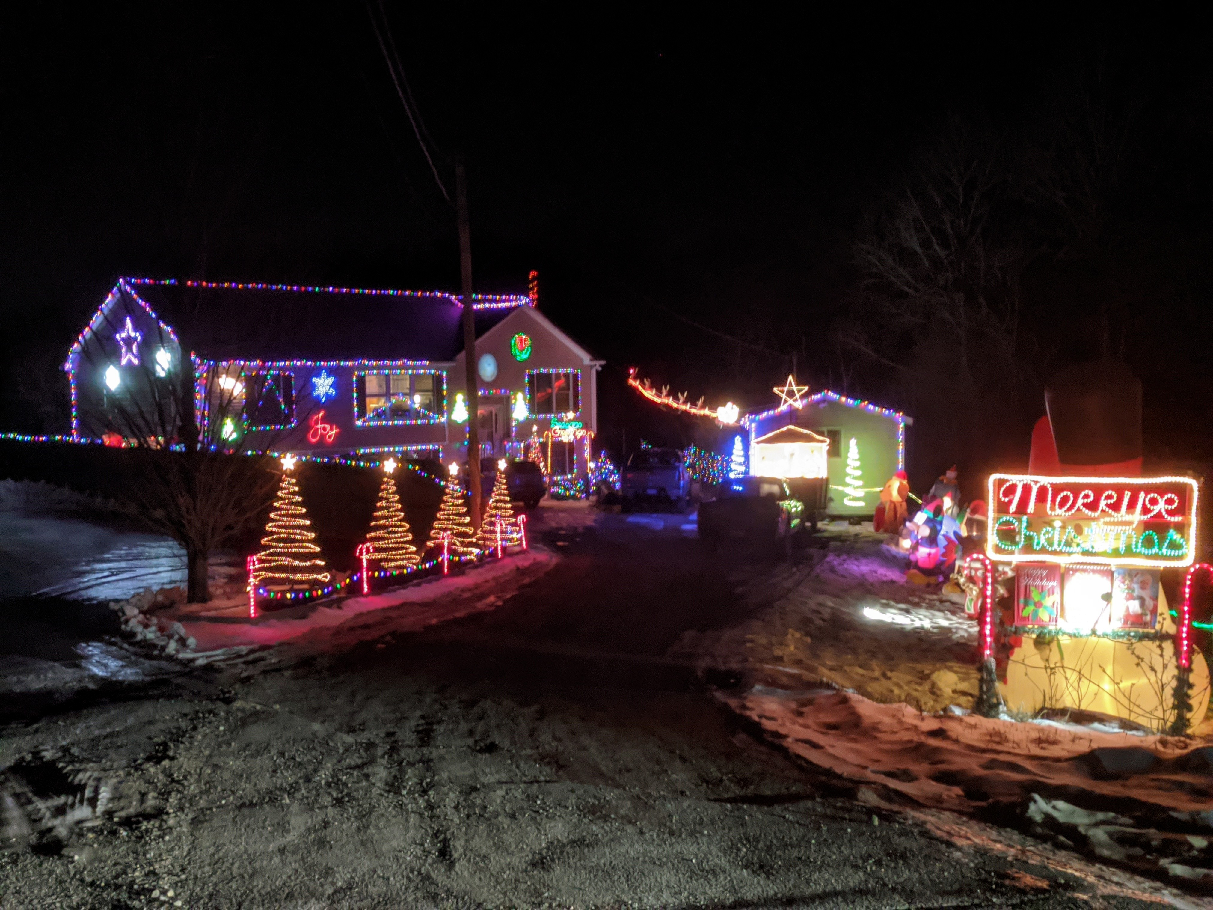 Holiday lights decorated homes_ Christmas 2019 Gloucester Mass_20191219_©c ryan.jpg