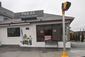 Pier 23 Kitchen restaurant for sale_23 East Main Street_Gloucester MA_20191230_photograph copyright © c ryan (2)