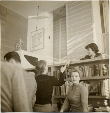 Breuer House interior ca. 1940, Lincoln, Mass._ Marcel Breuer papers, 1920-1986. Archives of American Art, Smithsonian Inst._H. Bayer,Marian Willard, Ise Gropius looking out, Ati Gropius