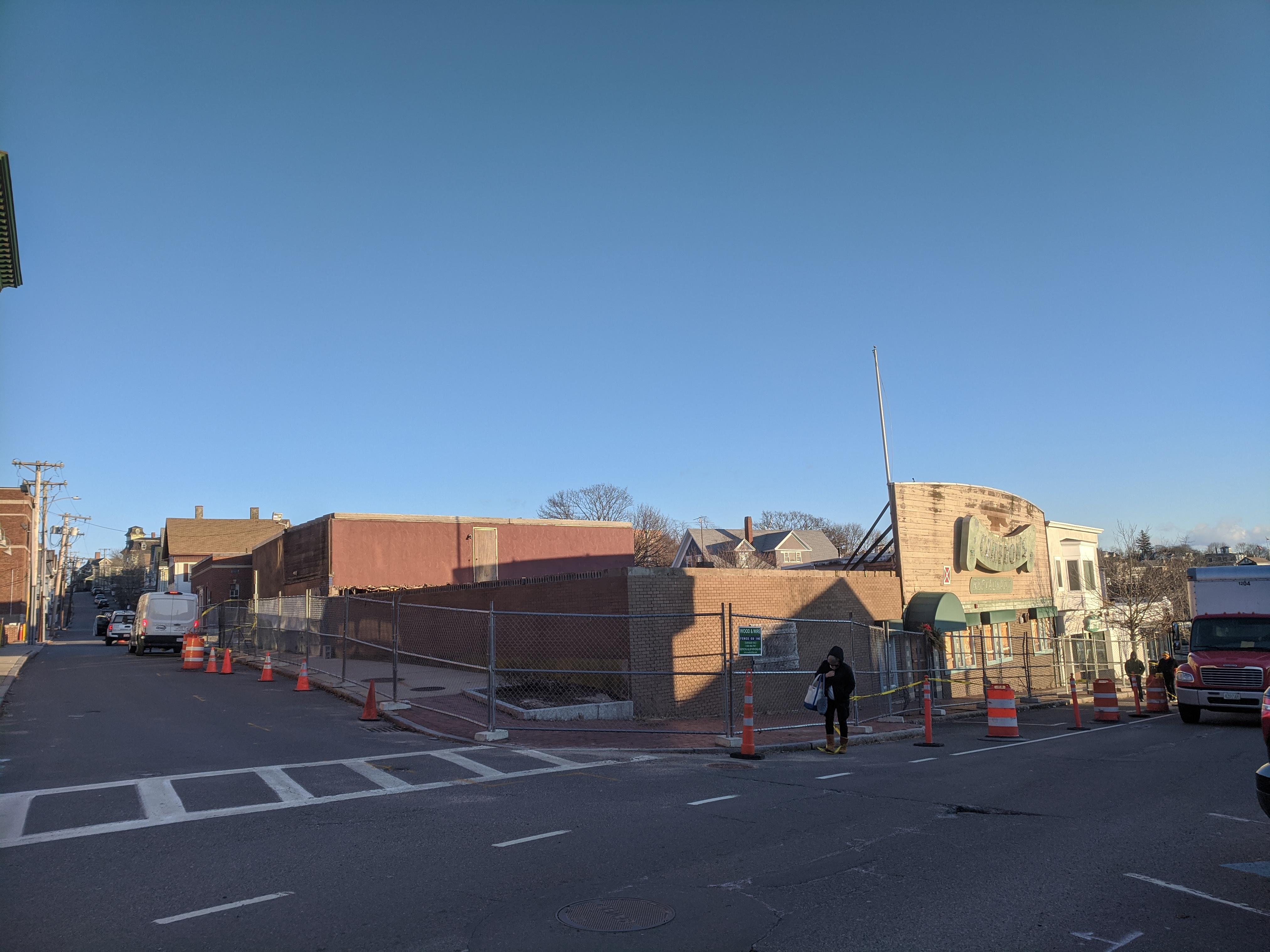 Cameron's demo coming 206 Main Street Gloucester Mass_20200117_©c ryan (2)