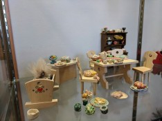 Miniatures by artist Betty Allenbrook Wiberg invited artist installation as part of Once Upon a Contest at Rockport Public Library Feb 2020 photo © c ryan (1)
