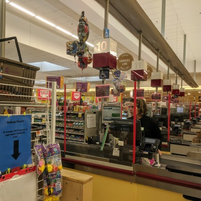 grocery store sneeze guard corona barrier_Stop & Shop Thatcher Road Gloucester Mass_20200325_©c ryan (1)
