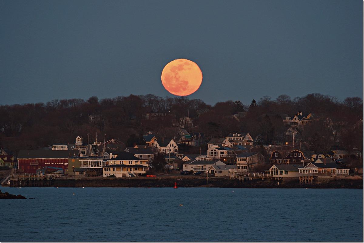 Hewitt Moon