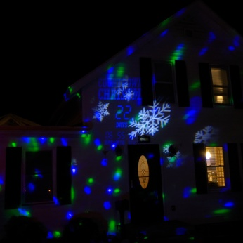 2020 Dec 2_Christmas Lights Gloucester Massachusetts photo copyright C. Ryan (5)
