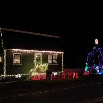 Essex Avenue_2020 Dec 2_Christmas Lights Gloucester Massachusetts photo copyright C. Ryan (1)