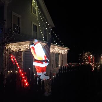 Essex Avenue_2020 Dec 2_Christmas Lights Gloucester Massachusetts photo copyright C. Ryan (10)
