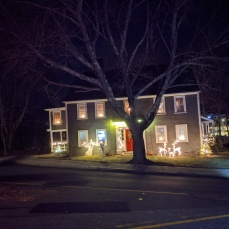 Essex Avenue_2020 Dec 2_Christmas Lights Gloucester Massachusetts photo copyright C. Ryan (18)